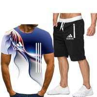 2020 Zomer Mannen T-shirt Seti 2 stuk Mannen Sportkleding Set Basketbal Spor Spor Zomer Baskı Korte Mouw + Şort Mannen Set L0309