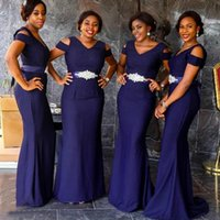 2022 Navy Blue Bridesmaid Dresses Chiffon Sheath Straps Ruched Sleeveless Ribbon V Neck Floor Length Plus Size Maid of Honor Gown Country Beach Wedding vestidos
