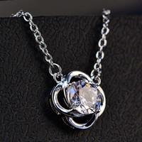 HBP Fashion Clover Flowed Formado en forma de colgante con incrustaciones de zircon 925 plata esterlina