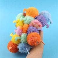 Fidget giocattoli gonfiabili luminosi incolla morbida anime ventilatore animale a cinque sezioni lampeggiante Caterpillar TPR DECOMPRESSION Squeeze Giocattolo