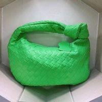 Designer Handbags Bag 2021 New Portable Single Shoulder Underarm Croissants Woven Cloud s