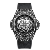 Casual Moda Men's Wrist Watch Quartzo 42mm Dial 30m À Prova D 'Água Full Diamond Layds Esportes Preto Case Borracha Strap On3815