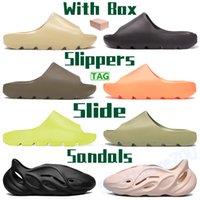2021 Hommes Femmes Chaussons Chaussures Enflamme Orange Feel Fengea Sandales d'été Glow Vert Résine Soue Terre Brown Bone Blanc Dlides Sneakers avec boîte