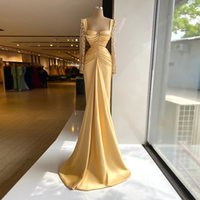 Stylish Satin Mermaid Evening Dress Lace Long Sleeve Sweetheart Pleat Prom Gowns Women Formal Wear Vestidos De Novia