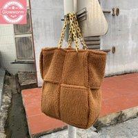 Сумки на ремне мода лямбвушка перекрывает женщин дизайнер толстые цепи сумки роскошный из искусственного мех меховой сумка плюшевая сумка большой кошелек