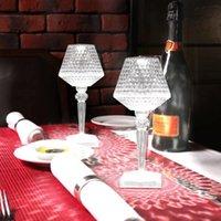 Tischlampen Kristall Diamantlampe USB-Aufladung Drei Farben einstellbares Schlafzimmer Nachts-LED-Dekorationslicht für Restaurant-Bar
