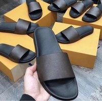 도매 2021 럭셔리 남성 여성 여름 슬리퍼 슬라이드 샌들 미끄럼 방지 착용 방지 욕실 해변 슬라이드 플립 플롭 홈 신발 크기 35-45