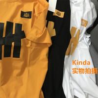 T-shirt da uomo di modo T-shirt di alta qualità T-shirt manica corta da uomo e da donna Graffiti Trendy Brand Brand puro cotone vestiti estivi per l