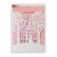 인쇄 가능한 결혼식 초대장 키트 봉투, 흰색 레이저 잘라 신부와 신랑 나무 핑크 삽입 초대 [당신을 사랑해]