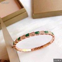 Lxury Serpenti marque de marque S925 Sterling Sterling Argent Vert et Blanc Céramique Snake Boucle Bacelle pour femmes bijoux