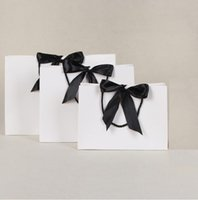 Gift Wrap 28*9*20cm Green white pink Paper Bag Festival Bags With Handles Ribbon Shopping Clothing Cosmetic 10pcs