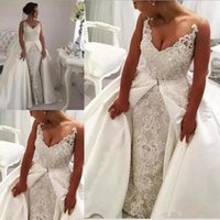 Modest Crystals Lace Overskirt A Line Wedding Gowns Sexy V Neck Sleeveless Beaded Appliques 2021 Plus Size Bridal Dresses Vestidos Custom Made