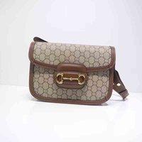 2021Autumn e invierno New Saddle Bag One-Shoulder Bag Bag Womens Bag Internet Hot Star con el mismo tipo de bolsas retro