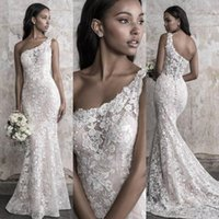 Madison James Fall 2022 Mermaid Wedding Dress Elegant One Shoulder Lace Applique Sweep Train Bridal Gowns Upscale Custom Made