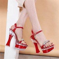 جديد كريستال الصيف النساء الصنادل المفتوحة تو مضخات 14/17 سنتيمتر كعب مربع الأحذية حزب حذاء زائد الحجم 34 43 ملهى ليلي سيدة أسود J8NL #