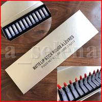 Jeu de maquillage à lèvres 12 pcs Set Rouge mat matte lèvres Stick Stick 12 couleurs Tube transparent Lipkit Silver Box