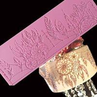 Minsunbak Nova Pena Lace Mat Requintado Bolo Laço De Silicone Decorativo Molde Açúcar Crafts Fondant Molde 210225