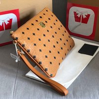 Mulheres Luxurys Designers Totes2021 Mão Sacos Feminino Grande Capacidade Atmosfera Elegante Novo Saco de Embraiagem Pode colocar o telefone celular Double Carry Carteira Portátil