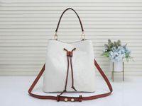 Vendita calda Borse di design di lusso Neo Noe Borsa da donna Brand Brand Stile Classic Borsa a tracolla Pelle Shopping Bag Shoppy Bag Portafoglio Penna Box Borsa