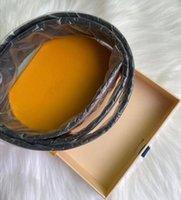 Business Designer classico reale cintura in pelle moda uomini donne grande lettera in oro fibbia liscia fibbie liscia larghezza 3,8 cm metallo cinture in metallo