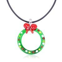 Anhänger Halsketten Mode Murano Glas Frauen Bowknot Runde Halskette Schmetterling Lampwork Weibliche Kreative Schmuck 2021