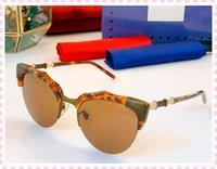Nuevo diseño famoso de la marca de la marca Gafas de sol de la sección de bambú Espejo de la pierna de la pierna de la pierna de las gafas de medio marco de la moda de las gafas frescas 0660