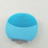 ميني منظف مصغرة الكهربائية بالموجات فوق الصوتية أداة الجمال سيليكون ماء منظف المسام نظيفة ثلاثة ألوان أدوات تنظيف التوصيل المجاني.