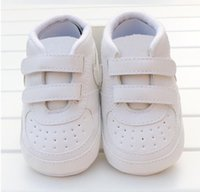 Marca Spring Baby Shoes PU Cuero Newborn Boys Girls Shoes First Walkers Baby Mocasines 0-18 Meses Baby Crib Zapatos