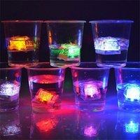 LED 아이스 큐브 빛나는 파티 공 플래시 빛 빛나는 네온 결혼식 축제 크리스마스 바 와인 유리 장식 공급 12pcs y201015