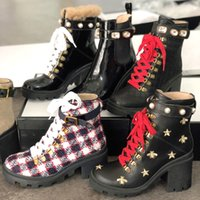2021 Donne Martin Boots Platform Shoes Top Genuine Pelle Lace Up Ribbon Belt Belt Fibbia Caviglia Stivaletto Elegante Signora Laterale Zipper Chunky Heel
