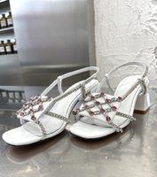 الصيف أحدث نساء مربع تو الصنادل الماس الخرز تصميم مكتنزة كعب اللباس أحذية فضية بيضاء براءات الصندل صندل