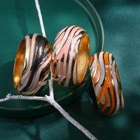 Браслеты из сплава браслетов модные цвета смешивание и сопоставление ручной работы капает барабан в форме барабана ветвь браслета ретро широкий кран смешанный цвет наручные украшения подарок