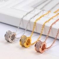 Полный бриллиант B Письмо римское цифровое кольцо Короткие цепи Женское бриллиант Ожерелье Японская и корейская версия Мода Простые соответствующие аксессуары All-Match Clavicle