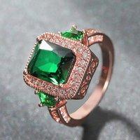 Küme Yüzükler Gül Altın Ton Yeşil Kristal Zümrüt Gemstones Elmas Kadınlar Için Prenses Lüks Takı Bijoux Bague Parti Hediye Boy6-10