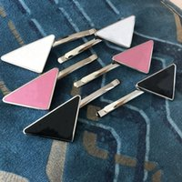 Metall Dreieck Haarclip mit Stempel Party Geschenke Frauen Mädchen Brief Barrettes Mode Haare Zubehör HH21-392