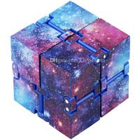 Çocuk ve Yetişkinler için Infinity Fidget Cube Aile, Stres ve Anksiyete Kabartma Serin El Mini Kill Zaman Oyuncaklar Infinite Cube Ekle, Adhd