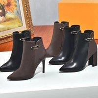 2021 نجمة درب الكاحل الأحذية الجلدية الحقيقية مارتن الجوارب امرأة مصمم أزياء نصف التمهيد عالية الاستيلاء مع مربع