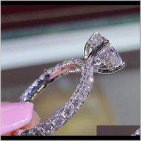 Womens Designer Rings Romantic Zircon Shining Princess Rings Oval Stone Wedding Bridal Fashion Jewelry For Women Bnhkp 2Ugvz