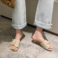 Manlegu Женщины тапочка 2020 Летний квадратный носок высокие каблуки женские кожаные сандалии Mujer высокое качество флип флоп платье обувь скольжениями 24PN #