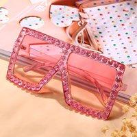 Lunettes de soleil Diamond Goggle Femmes 2021 Mode de luxe Cristal Sunglasses surdimensionnées Masque Punk Eye Protection Verres NX NX