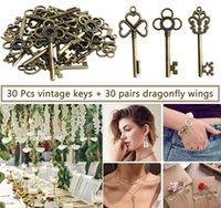 30pcs clés volants bricolage accessoires à la main avec des charmes d'aile libellule Vintage Bronze Squelette Skeleton Key Party Faveurs Fournitures