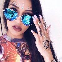 Yeni Sıcak satış Moda Şeftali Kalp Güneş Gözlüğü Erkekler ve Kadınlar için, Retro Renkli Güneş Gözlüğü, Yeni Harajuku Aşk Güneş Gözlüğü, Metal Kalp Şeklinde