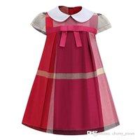 Meninas de verão Princesa vestido vestido crianças bowknot boneca colar de manga curta vestidos de festa de luxo crianças xadrez vestuário S1400