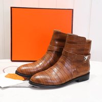 Women Metal knight Boots Designer Autumn Winter Woman Leather Ankle Boot Top Fashion Luxury Ladies Motorcycle Booted Shoes
