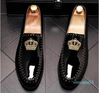 New arrival Men charming glitter embroidery crown flats Dress Loafers gentleman Shoes Male Wedding Homecoming Evening Groom Prom shoes 37-44