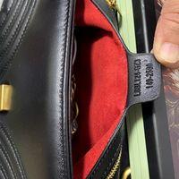 Mulheres totes bolsas bolsas bolsas de pele de carneiro bolsa bolsa bolsa bolsa com códigos de seriã de caixa de poeira 22 cm saco