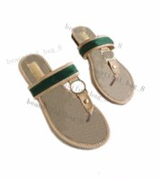 Summer Brand Designer Donne Flip Flops Slipper Luxury Fashion Genuine Pelle Slitti Sandali Metallo Catena di Metallo Scarpe casual da donna EU36-EU42