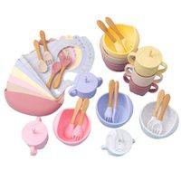 5 шт. Установить силиконовые чаши нагрудников чашки наборы Baby BPA Бесплатная водонепроницаемая ложка Nonslip кормления силиконовые чаши посуда детские продукты 210226