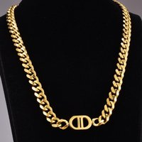 Chokers Gold Thick Chain Letter Titanium Steel Necklace Men And Women Hip-hop Personality Short Clavicle Fashion