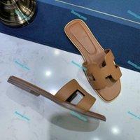 Hermes flip flop 2021NEW ORAN OASIS Кожаные летние сандалии полосы налоки цветы слайд бассейна Flip Plops Женские роскошные тапочки для женщин потерты пляжные слайды
